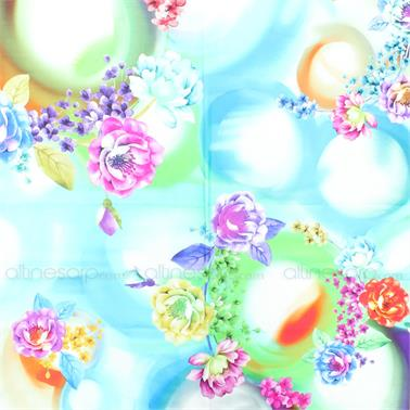 Mavi Sulu Boya Zemin Üzerine Renkli Çiçek Modeli